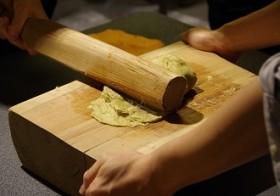 【開催報告】江戸の和紙文化 ~粋を漉く、手漉き和紙技術体験~