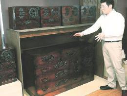 仙台箪笥が大きな飛躍 国の伝統的工芸品に / 宮城