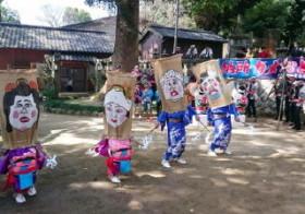 納所くんち「ガメ踊り」奉納 男女駆け引き滑稽に / 佐賀