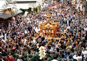 東京の街を駆け抜ける20基の神輿は必見!「芝大神宮だらだら祭り」が9月21日まで開催中!