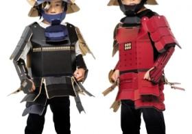 ショウワノート 創業68年で初の子供向け甲冑工作キット『着れちゃう!ダンボール』を開発