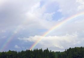 七十二候「虹始見」(にじはじめてあらわる)